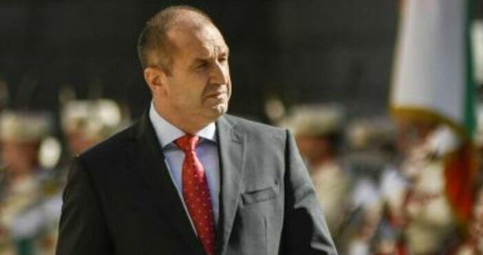 Снимка: БулфотоРумен Радев не е президент на БСП. Президентът обяви,