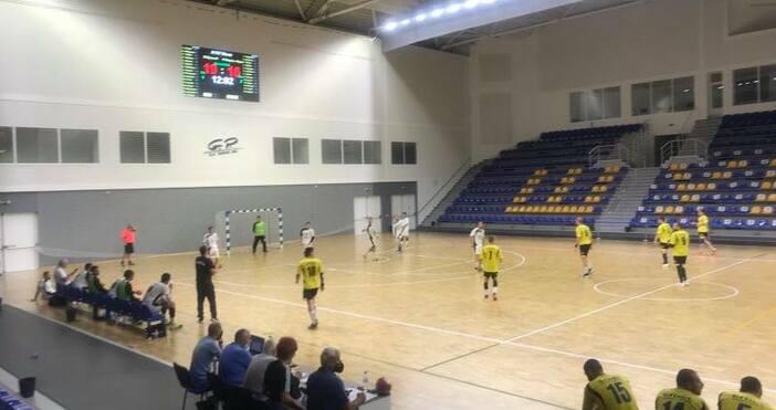 Снимки: ХК СпартакХандбалният Спартак тръгна със загуба в новото първенство