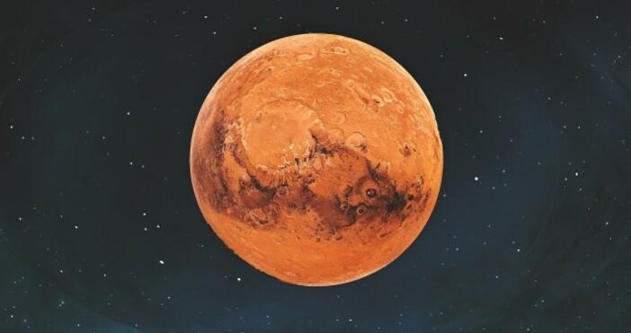 PixabayОт НАСА категорично заявиха, че имат намерение да изпратят човек