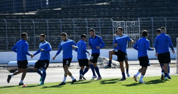 Източник и снимка: chernomorepfc.bgСедем футболисти на Черно море отпаднаха от