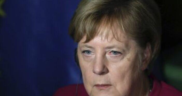 Снимка: БулфотоАнгела Меркелотправи апелкъм германците заради увеличаващия се брой заразени