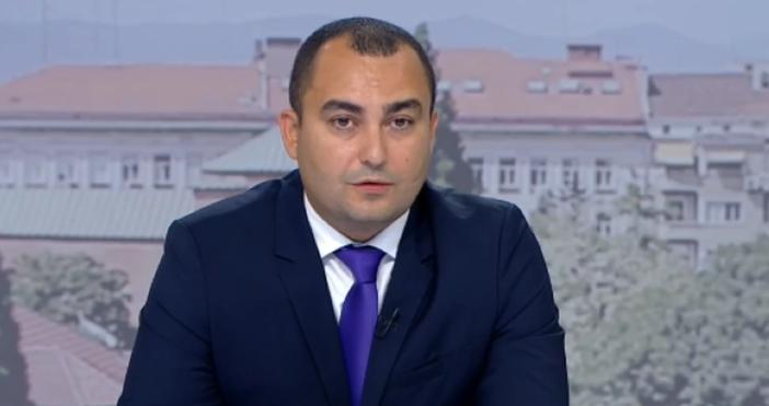 Кадър: БНТ, архивДепутатът от ГЕРБ Александър Иванов коментира в ефира