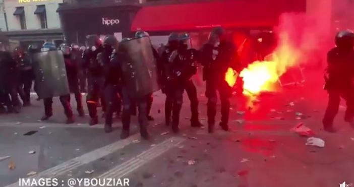 кадър:, фейсбукНапрежение и тежки сблъсъци във Франция. Кадри от протеста
