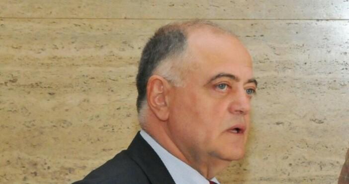 Снимка: Булфото, архивСъпредседателят на Демократична България ген. Атанас Атанасов коментира