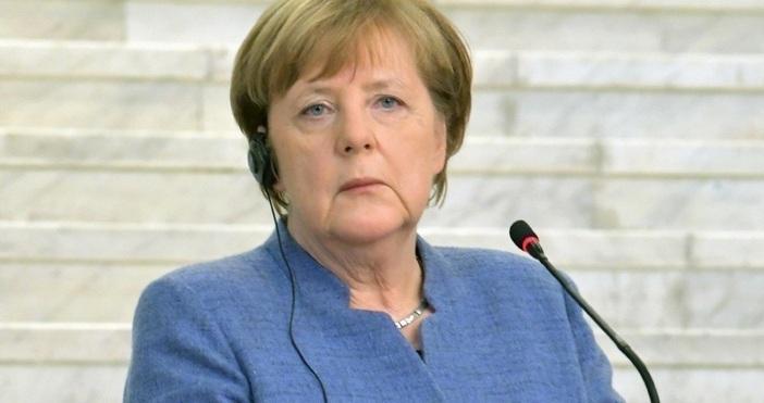Снимка: БулфотоАнгела Меркел направи изявление, което един вид предупреждение към