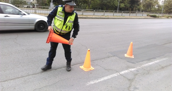 Снимк: ПетелПолицията започва засилени проверки по пътищата заради влошаването на