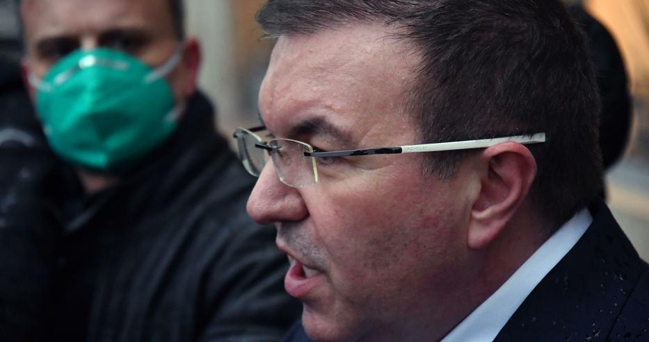 Костадин Ангелов: Решения под натиск никога не съм взимал