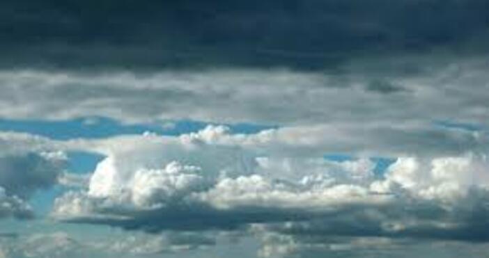 снимка: БулфотоНад Черноморието ще е предимно облачно.Около обяд от запад