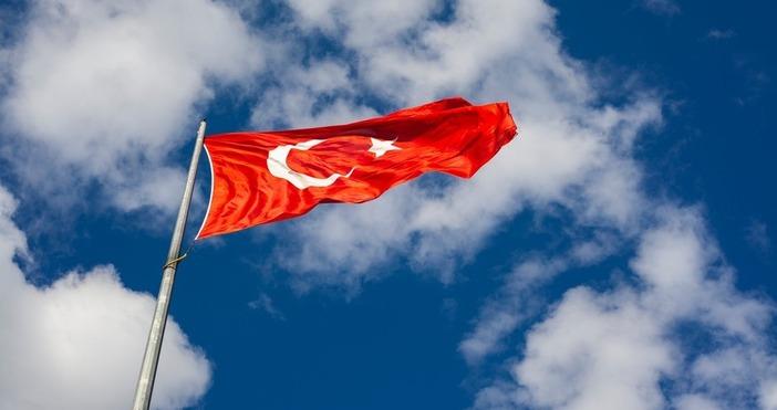 Снимка PexelsТурция отправи сериозно предупреждение. Турският министър на отбраната Хулуси