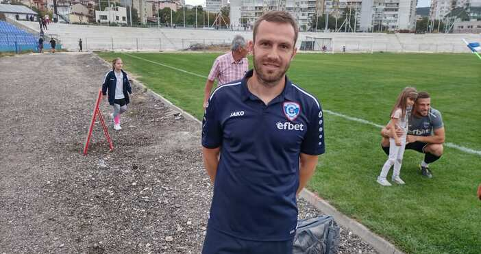 Снимка: ПетелСлед приключване на последната тренировка за мача с ФК