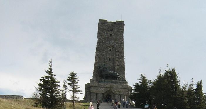 Снимка: ПетелДнес отбелязваме 143 години от Освобождението на България, а
