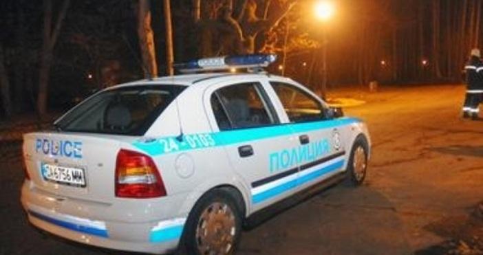 Снимка: Сбиване в Пловдив. Полиция на място задържа девет мъже