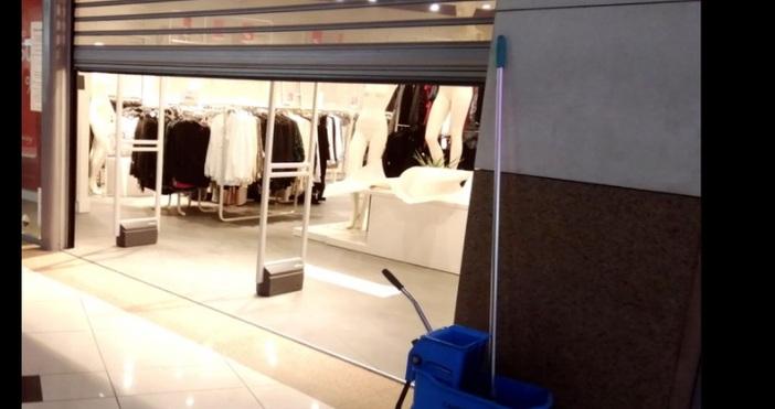 снимка БулфотоГолемите търговски центрове и нехранителни магазини да бъдат отворени