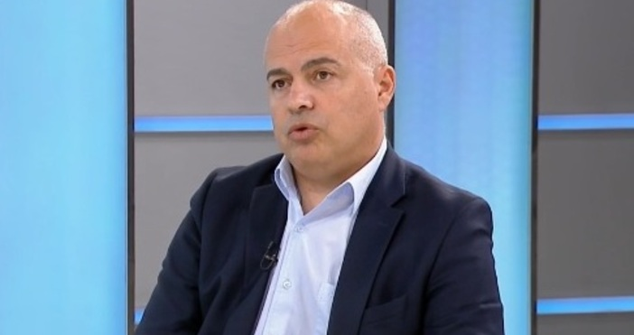 Редактор:кадър: БНТНа България ѝ трябва правителство, което да досвали Бойко