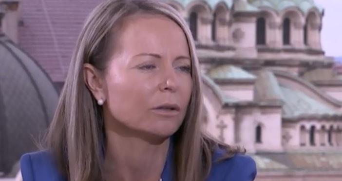 Редактор:кадър:bTVПравителството депозира оставката си, тя не трябва да се гласува,