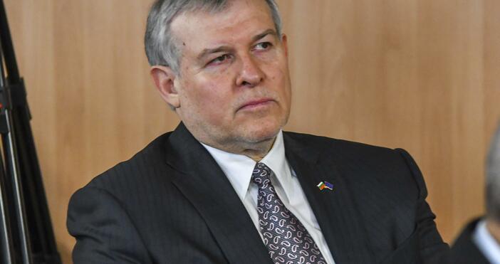 Снимка: БулфотоЛидерът на СДС Румен Христов призна, че е разочарован