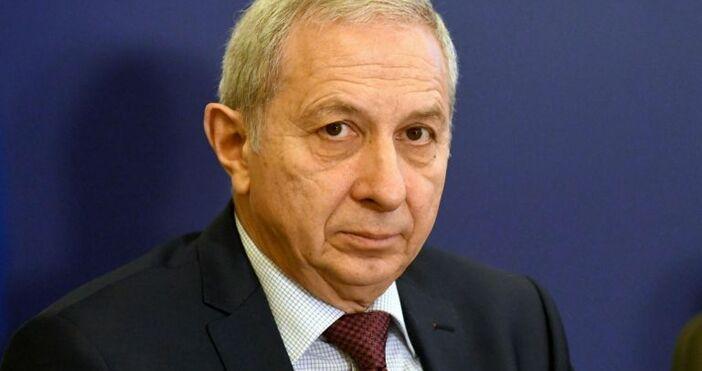 Снимка БулфотоБивш служебен премиер разкри, че не одобрява взетирешения от