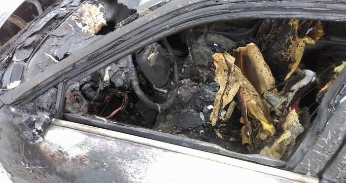 Снимка: Петел, архивСобственикът на запалените автомобили в столичния квартал