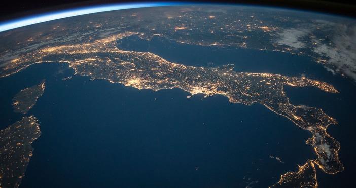 снимка:pexels.comИнформацията бе съобщена от китайската космическа агенция.От дни имашеспекулации къде