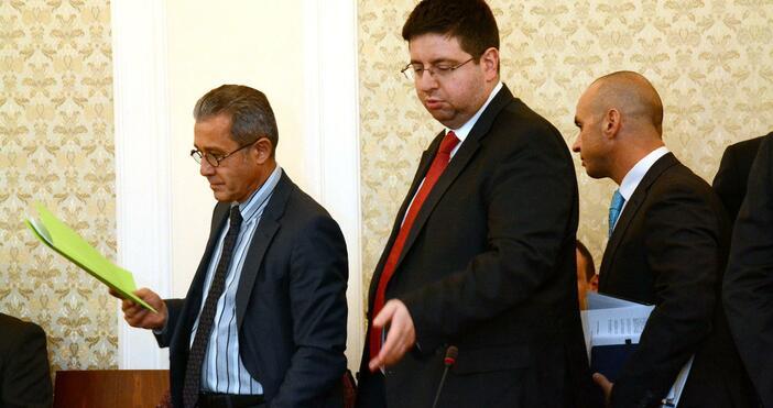 Снимка: БулфотоБившият финансов министър в правителството
