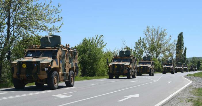 Снимка Булфото, архивВоенна техника на НАТО от Турция премина през