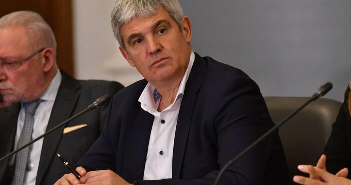 Снимка: БулфотоПредседателят на КНСБ Пламен Димитров разкри, че допълнителното възнаграждение