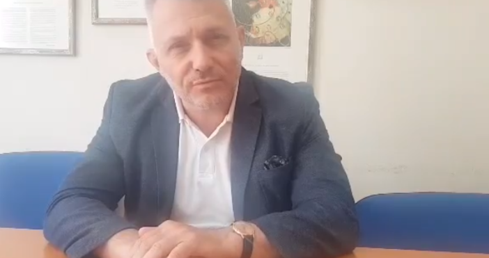 Кадър Николай Хаджигенов