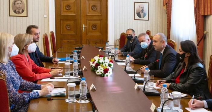 снимка ПрезидентствоБългарите ще пристъпят към масово ваксинира, когато имат избор