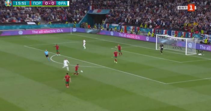 кадър: БНТКристиано Роналдовкара два гола за