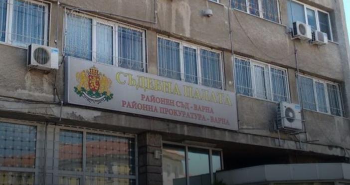 "Снимка БулфотоСобственици на апартаменти на бул. ""Владислав"" №63 заведоха жалба"
