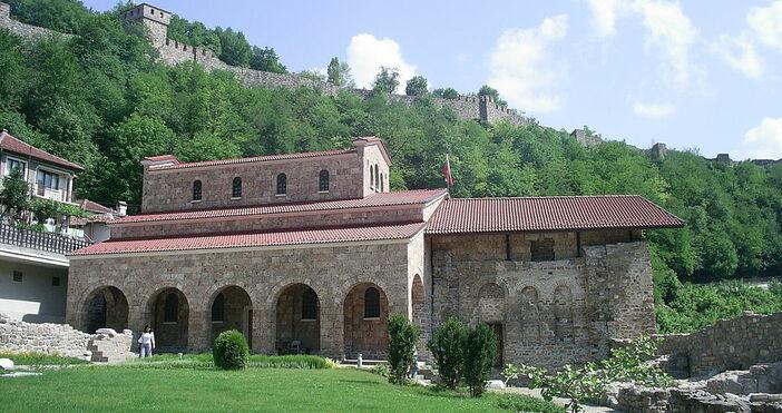 """Търновската църква """"Свети Четиридесет мъченици"""", в която е обявена Независимостта"""