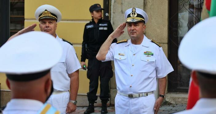 снимка БулфотоКомандващия на Военноморските сили на Република Румъния контраадмирал Михай