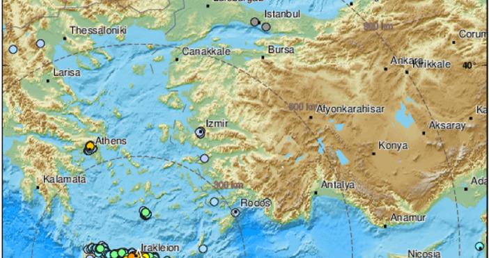 Кадър: EMSC, ТуитърИма жертви след земетресението на остров Крит. Най-малко