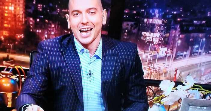 кадър: БТВТази вечер в Шоуто наНиколаос Цитиридис:От днес имаме нови