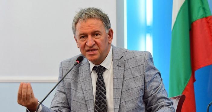 Това уточни днес в ефира на бТВ здравният министър Стойчо