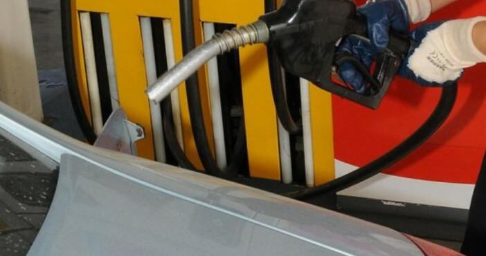 Цената на бензина в България се е повишила с 0,11