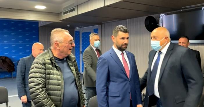 Бойко Борисов проведе среща с българското малцинство от Северна Македония.